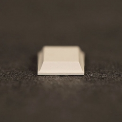 Butée polyuréthane carrée 12,7x12,7mm, ép. 3,1mm 3M SJ 5008