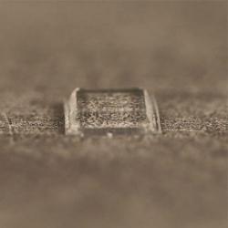 Butée polyuréthane carrée 10,2x10,2mm, ép. 2,5mm 3M SJ 5307